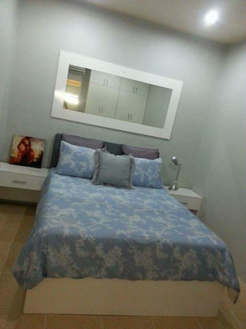 1bed room 10 mins from the city - Sibulan - Huis