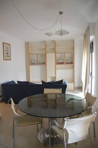 Appartamento Trilocale - Massa - Apartamento