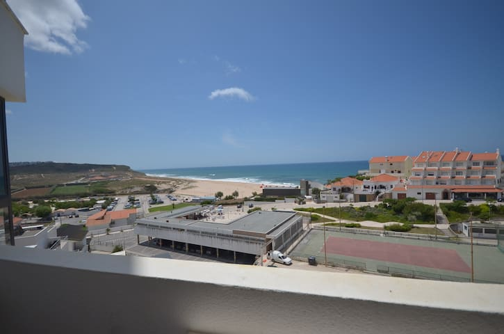 Beach Apartment, sleeps 4 Areia Branca, Lourinha