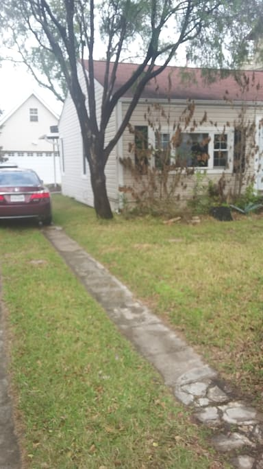Driveway space for several cars