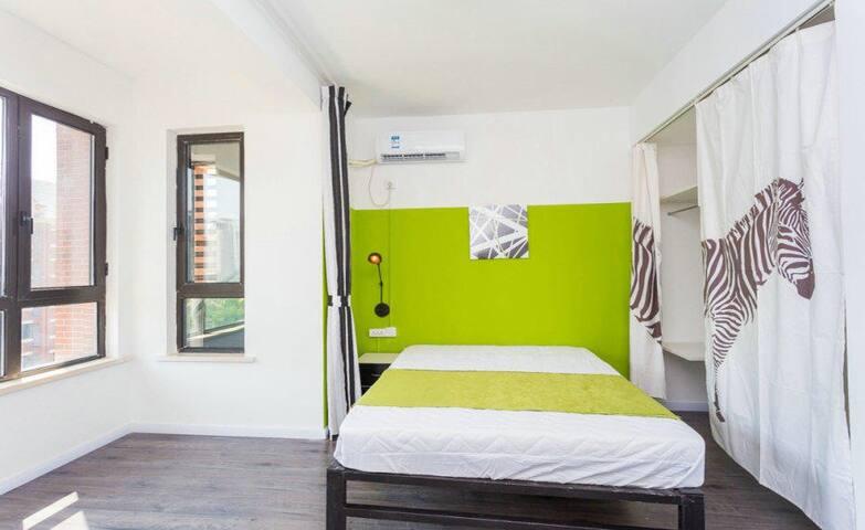 Nordic Style Villa Master bedroom