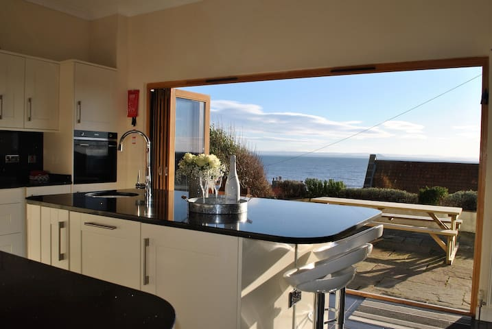Anchor House, Pittenweem; luxurious 4 bedroom