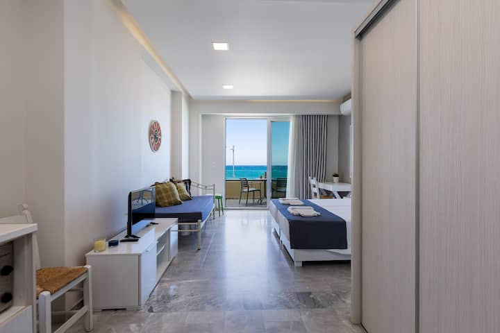 Modern Sea View Studio  | Beach road