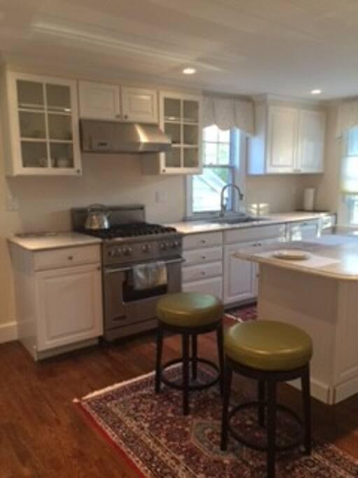 Kitchen Updated Appliances