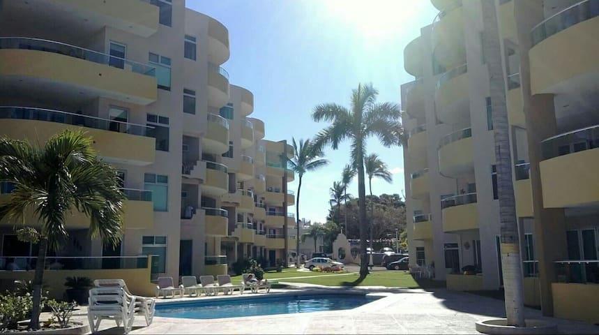Condo 903 en renta frente al mar - Rincón de Guayabitos , Nayarit, MX - Lägenhet