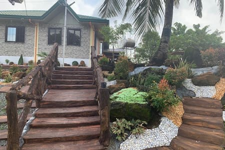 Hilltop FarmHouse near Patar Beach & Bolinao Falls