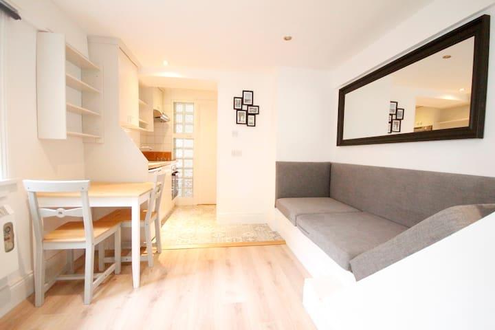 One Bedroom - Ranelagh