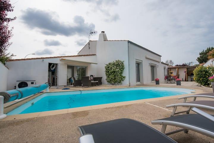 La Rochelle-Ile de Ré  ☀  Maison avec piscine ☀