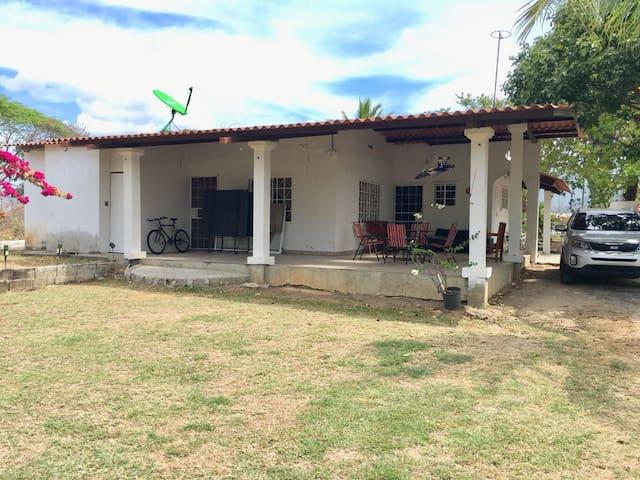Casa de Descanso Gorgona.  Quiet House at Gorgona.