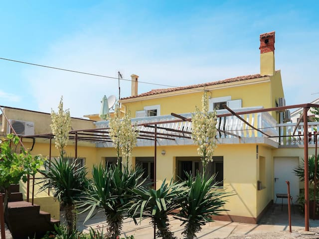 Holiday House Mateja in city of Krk