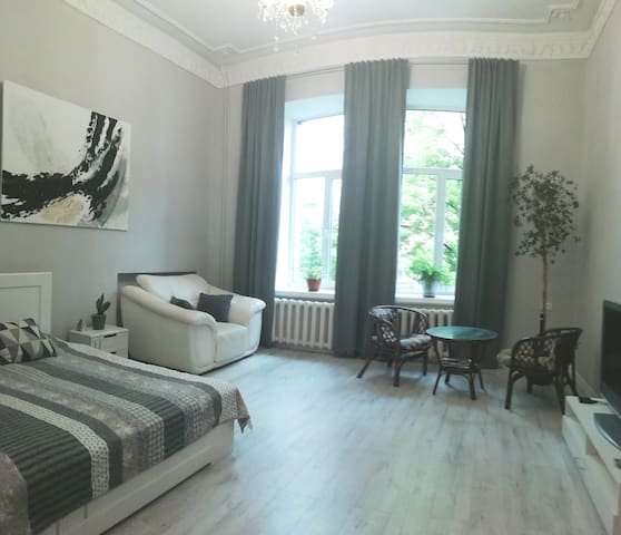 Cosy  apartment in historical heart of Kyiv.Centr!