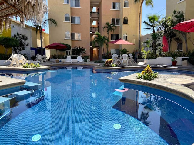 Condo on the main Avenue of Cabo San Lucas!
