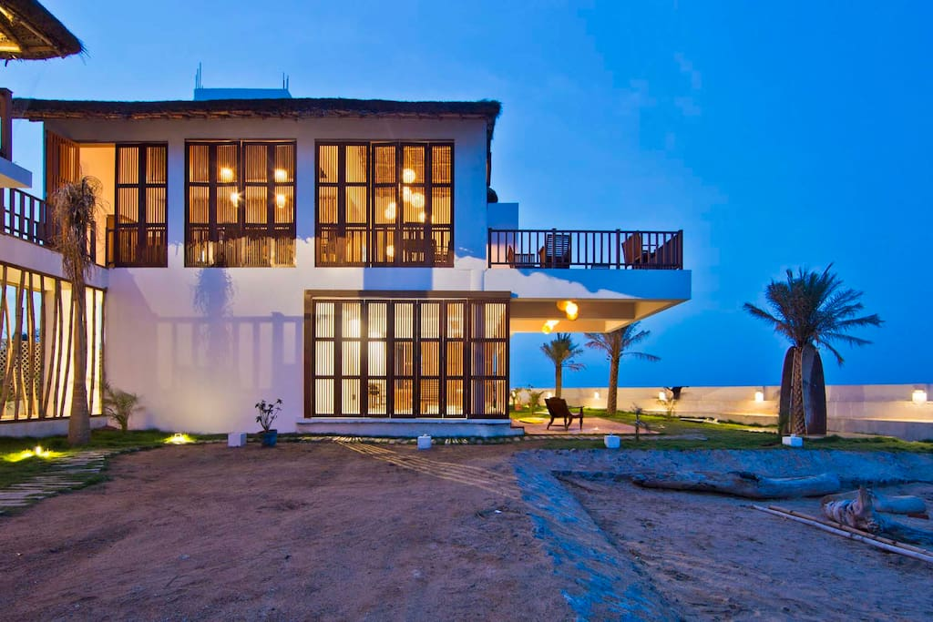 Surf turf deluxe room chambres d 39 h tes louer kovalam tamil nadu inde - Chambre d hote ruoms ...