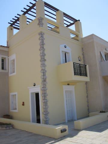 Maisonette with Terrace by the Sea - Magic View!!! - Sitia - Haus