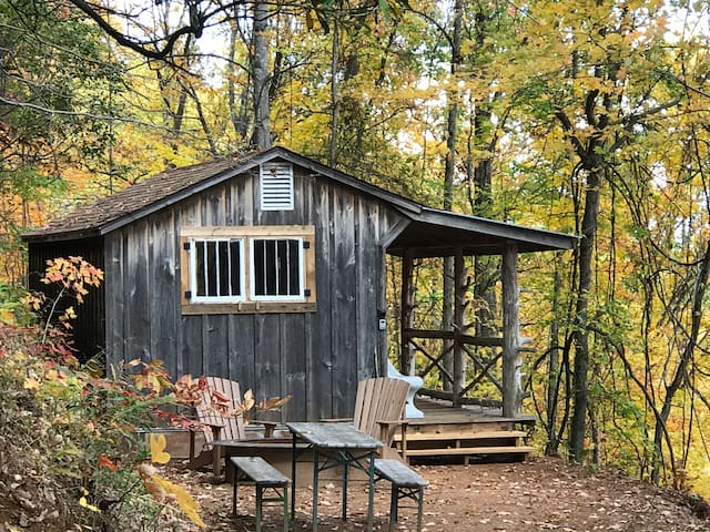 Pisgah Highlands Off Grid Cabin in the woods