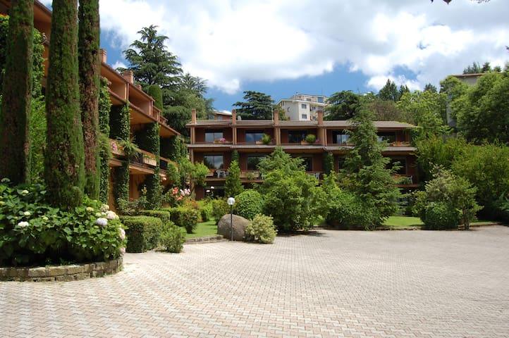 Villette a schiera nel parco - San Martino Al Cimino - Apartament