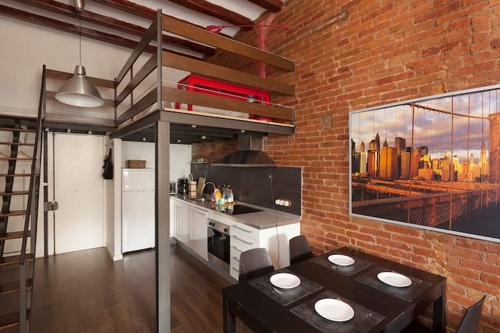 Stylish 1-bedroom Apartment + Loft/Downtown BCN