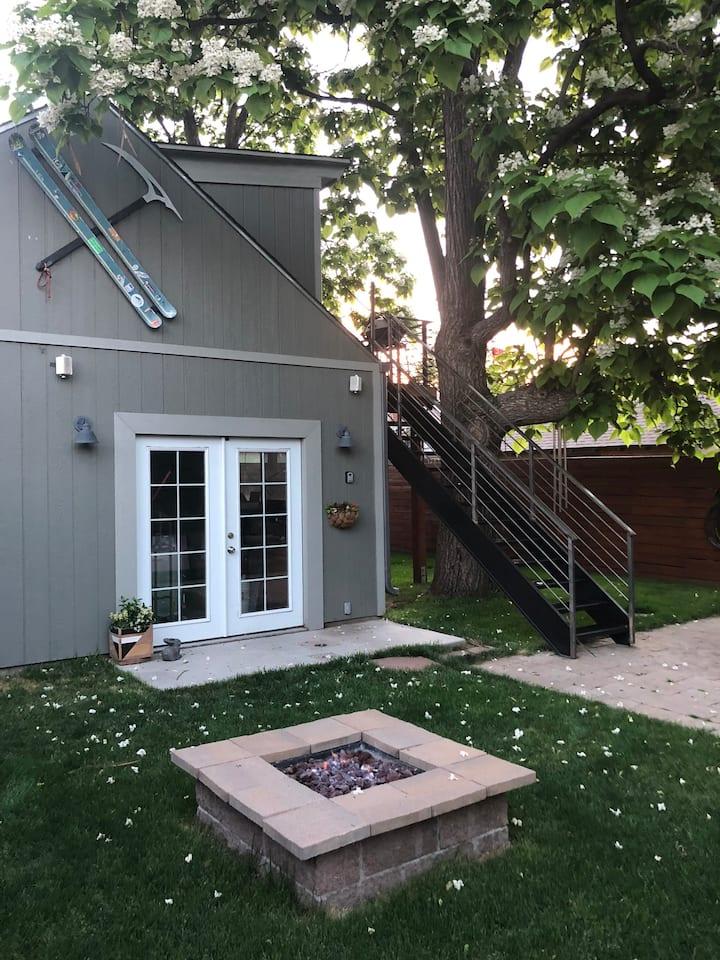 Tree House | Peaceful Retreat on Tejon | Hot Tub