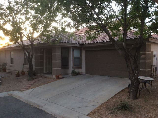 Apache Junction home - Apache Junction - House
