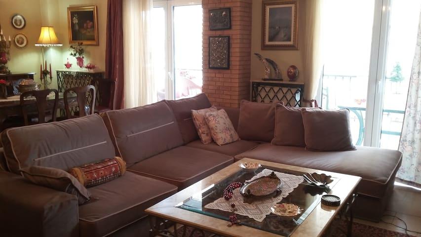 Afroditi house - Kalamaria - Huoneisto