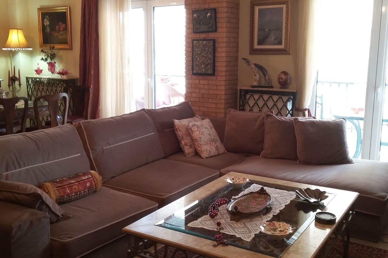 living room, shared room