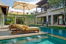 Villa Tenang - 4 Bedroom Villa in Seminyak