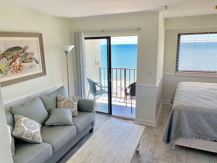 Oceanfront King Suite In Myrtle Beach Resort