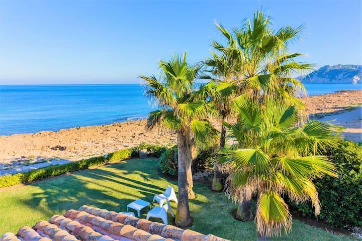 Villa Sequia de la Noria Jávea, Oceanfront with Magnificent Views