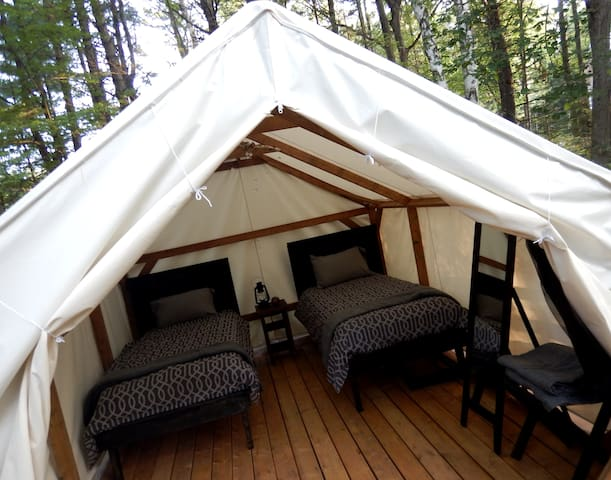 Intimate Muskoka Glamping Cabin (Fox Suite) - Severn Bridge - Jurta