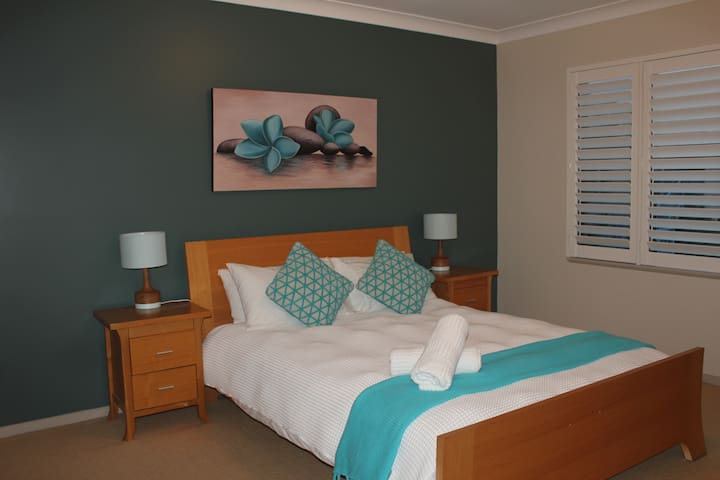 Beautiful central apartment - Sawtell - Flat
