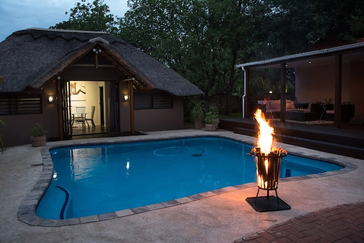 Delightful cottage 4km from Kruger National Park.