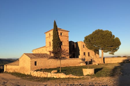 Retreat Castle near Barcelona - Canet de Fals