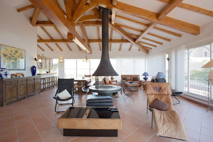 Hyères : une maison de vacances en bord de plage ! - Hyères - Villa