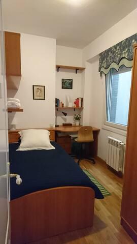 Habitación 3, la ropa de cama puede variar.