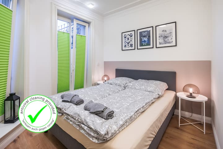 Exclusive&cosy with new bathroom next to U-Bahn