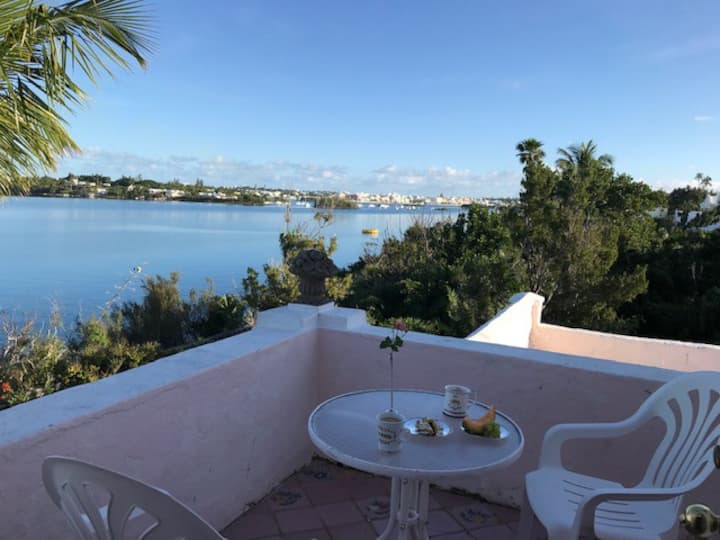 Breakfast on your own Balcony - Waterfront - Pool