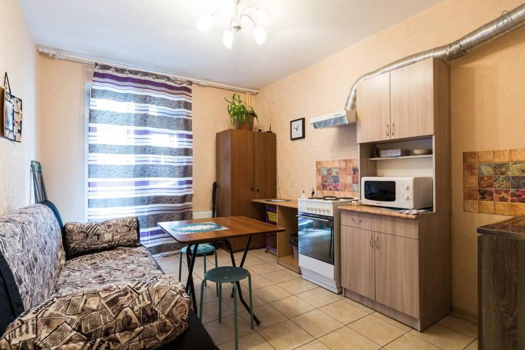 Полностью оборудованная кухня на блок из 2х номеров.