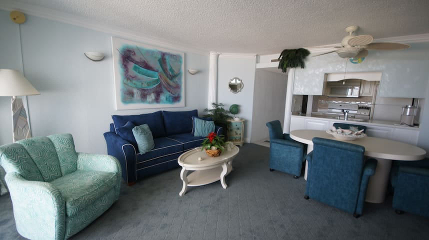 3D Beautiful one bedroom Ocean Front condo