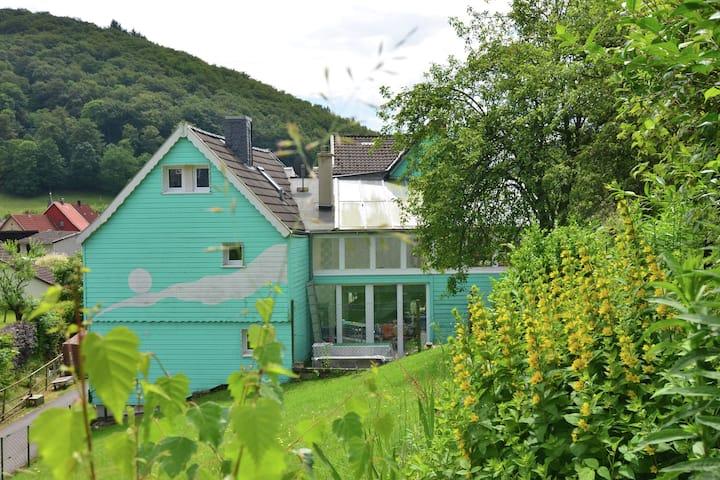 Vintage-Ferienhaus in Lonau mit Swimmingpool
