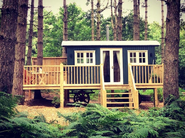 Glamping for 6 at Happy Valley - Grimston - Zomerhuis/Cottage