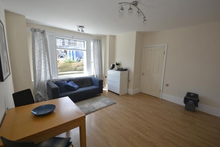 Amazing location opposite West Ealing Station