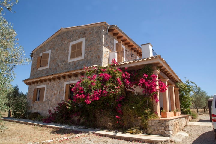 """Spacious Holiday Home """"Ses Oliveres des Convent"""" with Mountain View, Wi-Fi, Balcony, Terraces, Pool & Garden; Parking Available"""