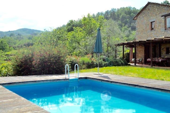 Tuscan villa with swimming pool - Castelveccchio - Villa