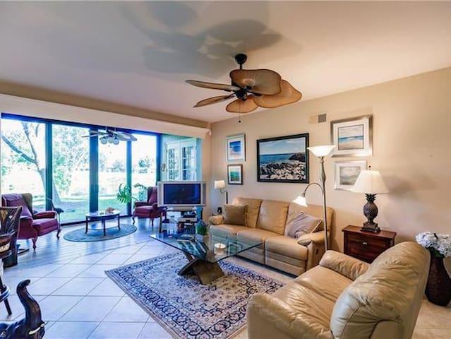 Coach home in Pelican Sound Resort Community