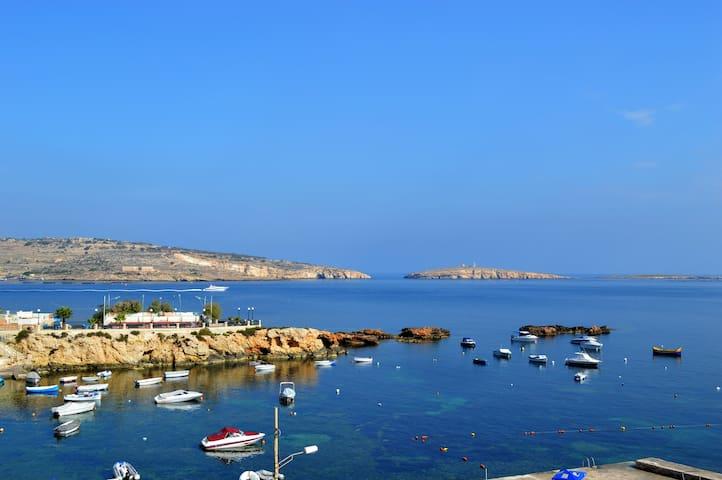 Cosy apt with stunning views w/WiFi - San Pawl il-Baħar - Daire