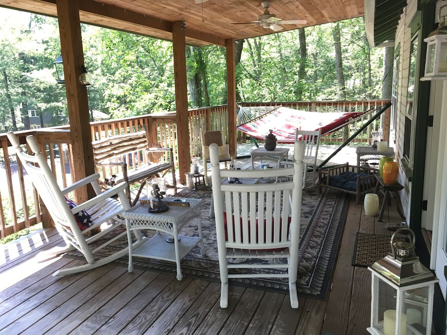 Upper deck, rocking chairs, hammock