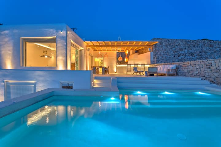 Contemporary Stylish Villa Arta On The Sandy Beach