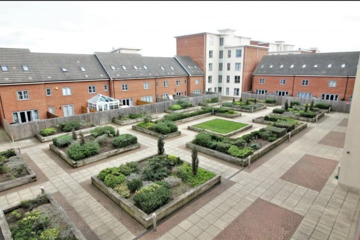 Smart Modern Open Plan Apartment in West Reading