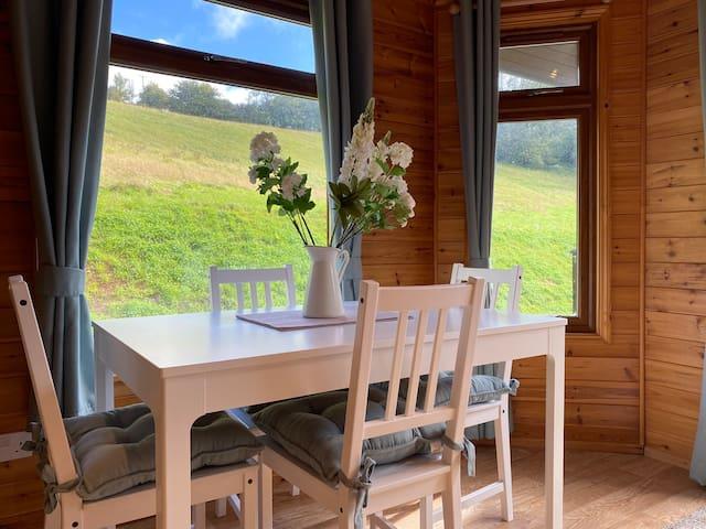 Classic Cowbridge Countryside Cabin