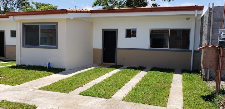 Casa completa, equipada en Playa Bejuco